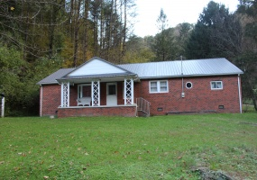 210 Wheatley Branch,West Virginia 25508,3 Bedrooms Bedrooms,1 BathroomBathrooms,House,Wheatley Branch,1169