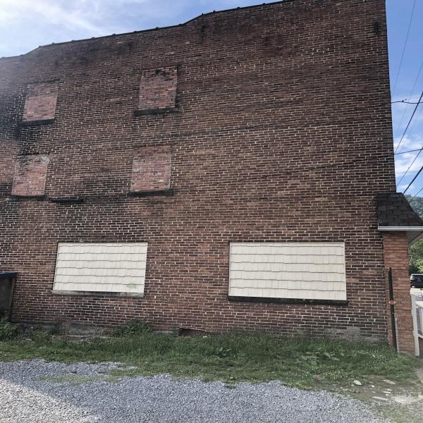 525 Dingess street,West Virginia 25601,Building,525 Dingess street,1239