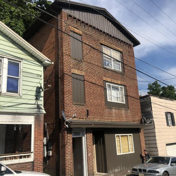 545 Dingess street,West Virginia 25601,Building,545 Dingess street,1240